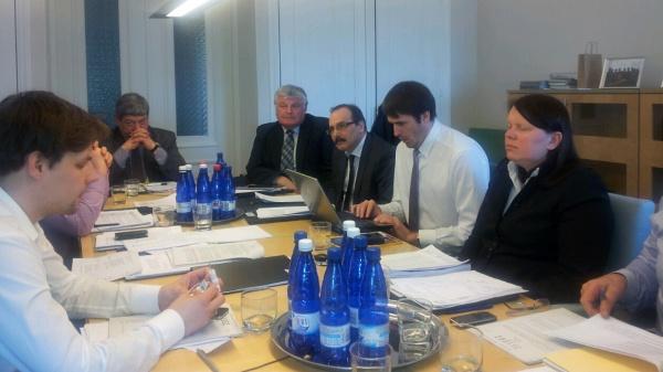 Riigikogu Keskkonnakomisjon jahiseadust arutamas