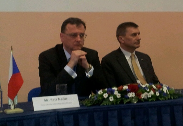 Tśehhi peaminister Petr Nećas ja  Eesti peaminister Andrus Ansip äriseminari avamisel