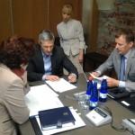 Kolleeg Valeri Korbi tabatud hetk enne koosoleku algust.