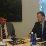 Kolleeg Rainer Vakraga keskkonnakomisjoni istungil. Foto: V.Korb