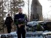 Järvamaal Müüsleris Vabadussõja mälestusmärgi ees langenutele austust avaldamas 2002 aastal